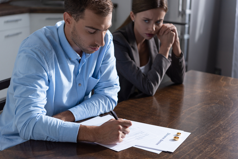 Separation: What Happens to Your Home in a Divorce - Source Mortgage Centre - Mortgage Brokers - Featured Image